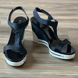 BCBGirls Women's Onella Wedges ~ Size 8